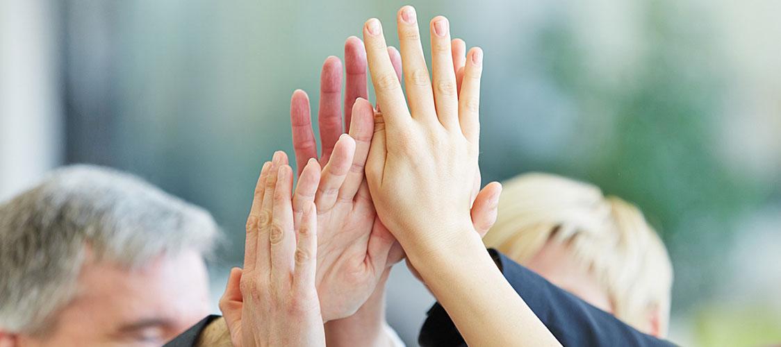 Hand in Hand mit dem Bauherren